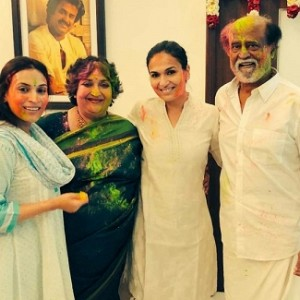 Fun holi celebration at Rajinikanth's house
