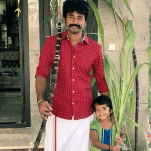 The sweet moments of top Tamil heroes with their daughters
