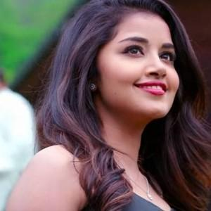 Anupama Parameswaran's new video song promo