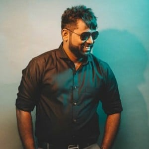 Arunraja Kamaraj announces his Bollywood and Tollywood debut!